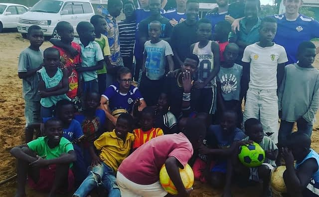 Voetbal outreach afrika
